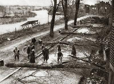 World War One Painting - World War I Barricade by Granger
