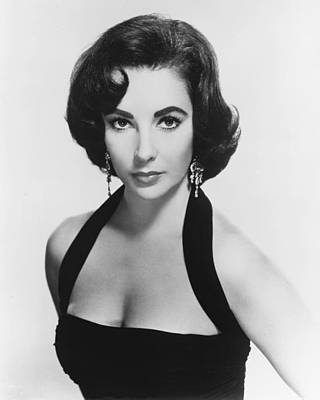 Elizabeth Photograph - Elizabeth Taylor by Silver Screen