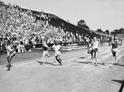 Tolan Photograph - 1932 Olympic Track Tryouts by Underwood Archives