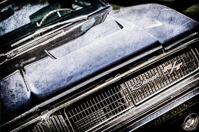 1969 Photograph - 1969 Dodge Charger R-t Emblem -1135ac by Jill Reger