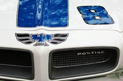 Pontiac Photograph - 1970 Pontiac Firebird Grille Emblem by Jill Reger