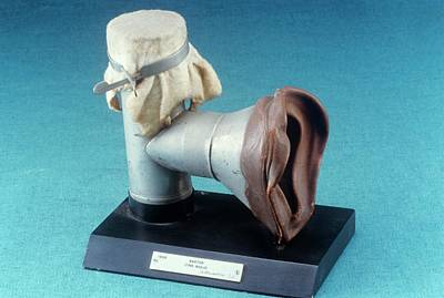 Reliefs Photograph - Anaesthetic Inhaler by Science Photo Library