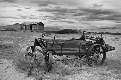 Old Cabins Photograph - Bighorn Basin History by Leland D Howard
