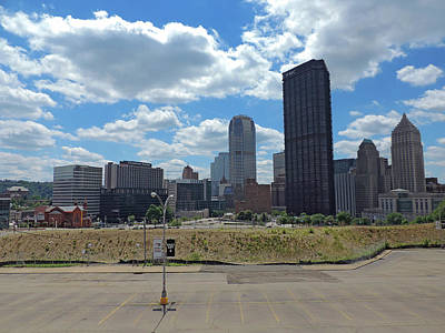 Pittsburgh Skyline Photograph - Downtown Pittsburgh by Cityscape Photography