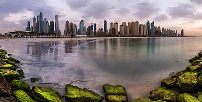 Wolkenkratzer Pyrography - Dubai - Marina Skyline Panorama by Jean Claude Castor