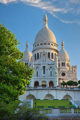 Sacre Coeur Photograph - Early Morning Below Basilique Du Sacre by Brian Jannsen