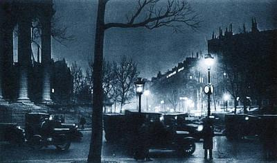 France La Madeleine Photograph - France Paris, C1920 by Granger