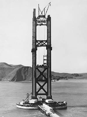 Ggb Tower Under Construction Print by Underwood Archives