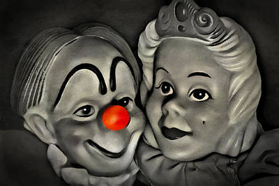 Happy Couple Print by Jeff  Gettis