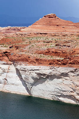 Low Water Levels In Lake Powell Print by Jim West