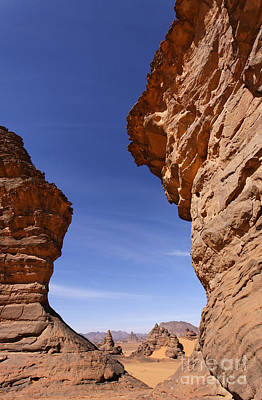 Rock Formations In The Akakus Mountains In The Sahara Desert Print by Robert Preston