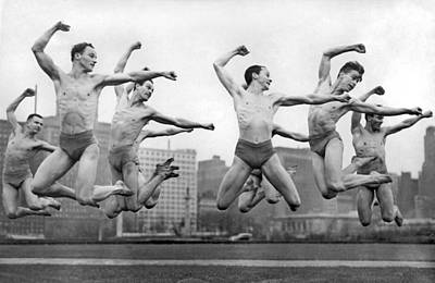 Shawn Photograph - Rooftop Dancers In New York by Underwood Archives