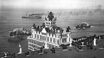 San Francisco Cliff House Print by Underwood Archives