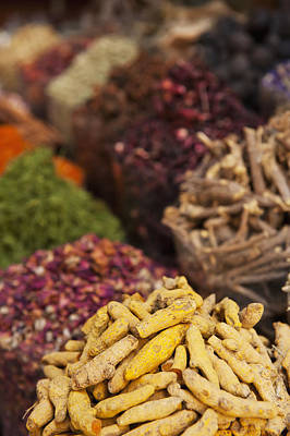 Spices For Sale In Spice Market Dubai Print by Ian Cumming