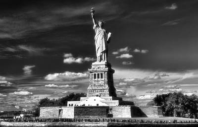 New Mind Photograph - Statue Of Liberty by Dan Sproul