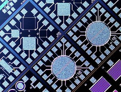 Silicon Photograph - Surface Of Microchip by Alfred Pasieka
