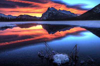 Vermillion Lakes Mount Rundle Print by Mark Duffy