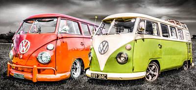 Vw Camper Van Photograph - Vw Campervans by Ian Hufton