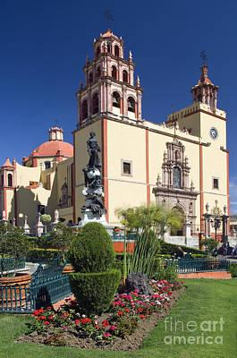 Guanajuato, Mexico Print by John Shaw