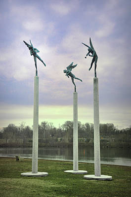 3 Angels Statue Philadelphia Print by Bill Cannon