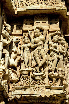 Bas Relief Jagdish Temple Udaipur Print by Tom Norring