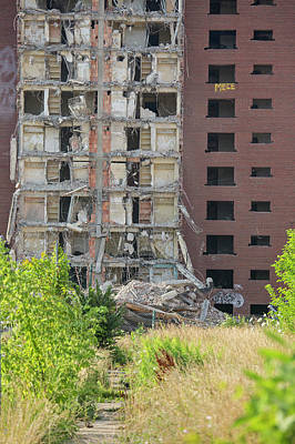 Demolition Of Detroit Housing Towers Print by Jim West