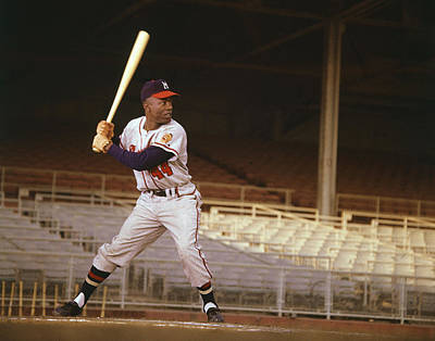 Hammer Photograph - Hank Aaron by Retro Images Archive