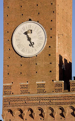 Sienna Italy Photograph - Italy, Tuscany, Sienna by Jaynes Gallery