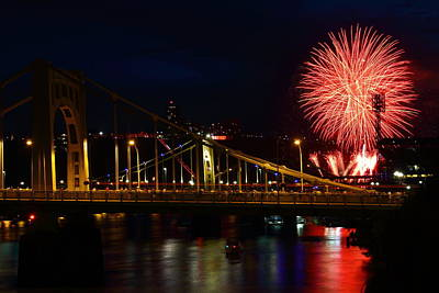 July 4th Fireworks In Pittsburgh Print by Jetson Nguyen