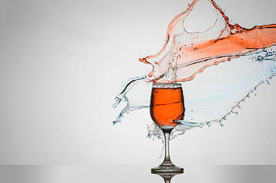 Liquid Splash Wine Glass Print by Andy Astbury