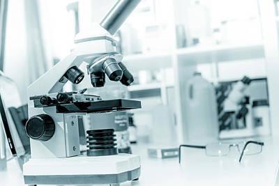 Microscope In Lab Print by Wladimir Bulgar