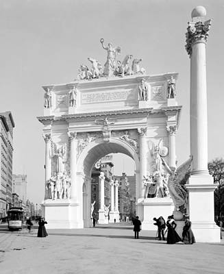 Nyc, Madison Square, Dewey Arch Print by Science Source