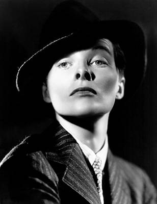 Katharine Hepburn Photograph - Sylvia Scarlett, Katharine Hepburn, 1935 by Everett