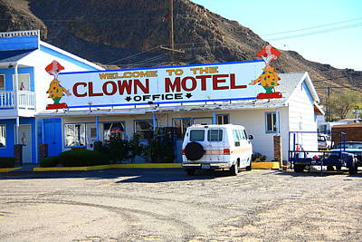 Tonopah Nevada - Clown Motel Print by Frank Romeo