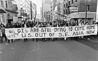 High Street Photograph - Anti Vietnam War Demonstration by Underwood Archives Adler
