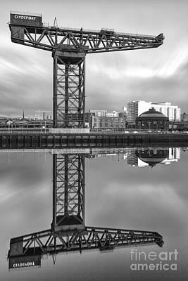 Finnieston Crane Glasgow Print by John Farnan