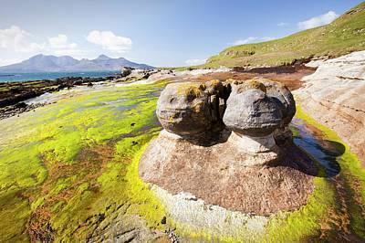 Rock Formations At The Bay Of Laig Print by Ashley Cooper