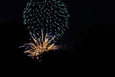 4th Of July Fireworks - 011330 Print by DC Photographer