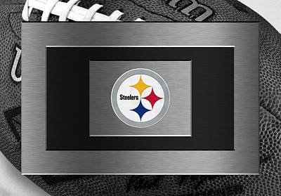 Sports Photograph - Pittsburgh Steelers by Joe Hamilton