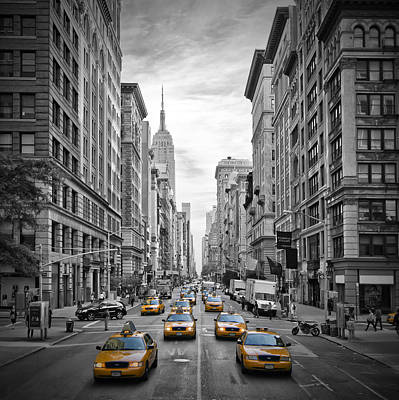Empire State Photograph - 5th Avenue Yellow Cabs by Melanie Viola