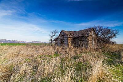 Chris Martin Photograph - Abandoned Home by Chris Martin