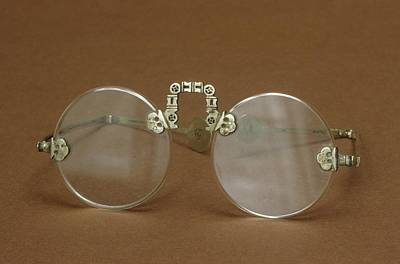 Optometry Photograph - Oriental Spectacles by Science Photo Library