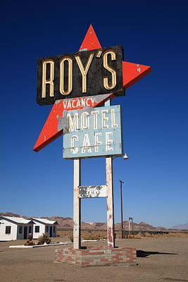 Mural Photograph - Route 66 - Roy's Of Amboy California by Frank Romeo
