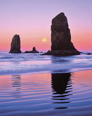 Usa, Oregon, Cannon Beach Print by Jaynes Gallery