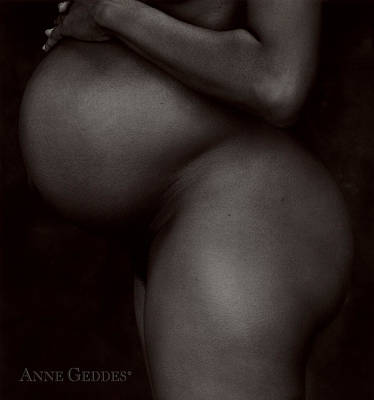 Pregnancy Photograph - Untitled by Anne Geddes