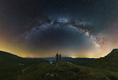 A Couple Gazing At The Milky Way Print by Yuri Zvezdny