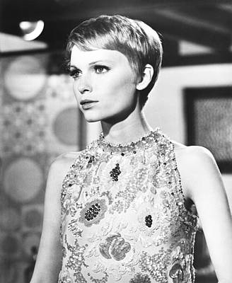 A Dandy In Aspic, Mia Farrow, 1968 Print by Everett