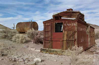 Ghost Town Photograph - Abandoned Caboose by Juli Scalzi