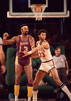 Abdul Jabbar Defends Wilt Chamberlain Print by Retro Images Archive