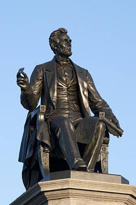 Abraham Lincoln Statue Philadelphia Print by Bill Cannon